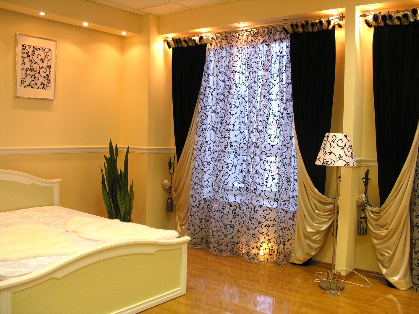 Тема шторы для спальни